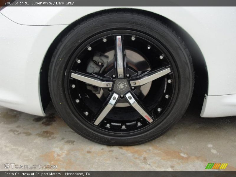 Custom Wheels of 2005 tC