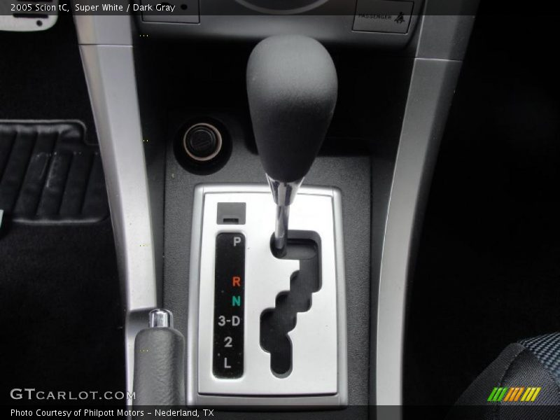 2005 tC  4 Speed Automatic Shifter