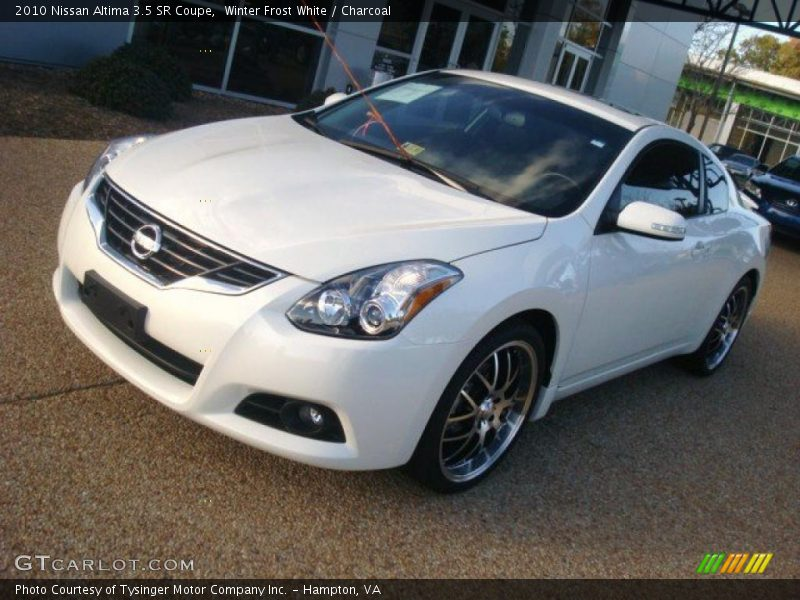 2010 nissan altima 3 5 sr coupe in winter frost white. Black Bedroom Furniture Sets. Home Design Ideas