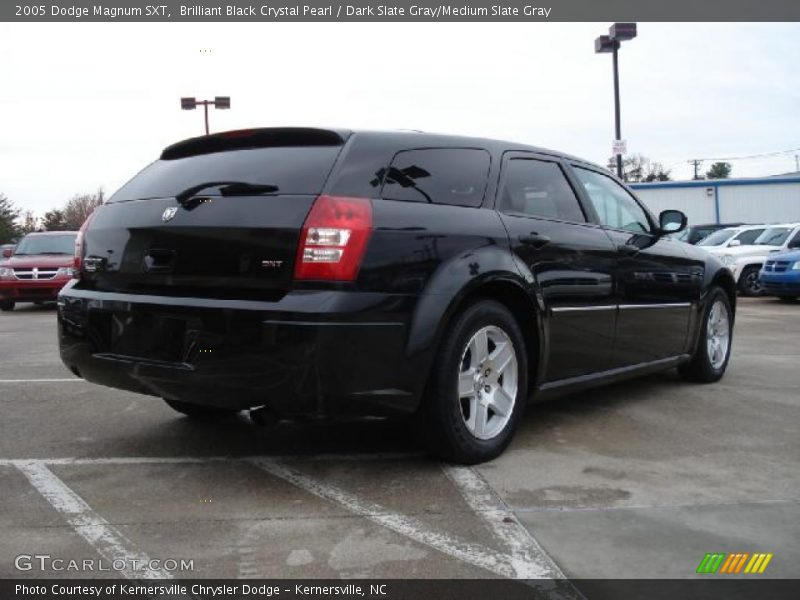 2005 dodge magnum sxt in brilliant black crystal pearl. Black Bedroom Furniture Sets. Home Design Ideas