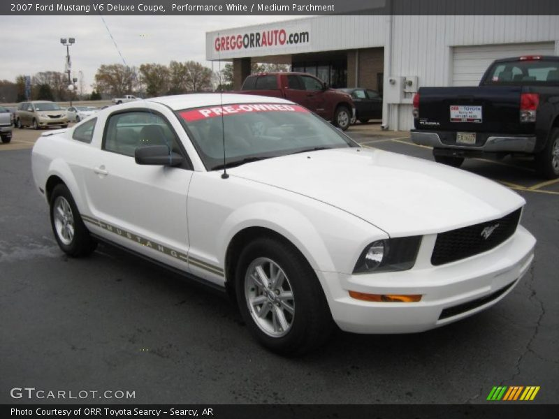 2007 ford mustang v6 deluxe coupe in performance white photo no 40764659. Black Bedroom Furniture Sets. Home Design Ideas