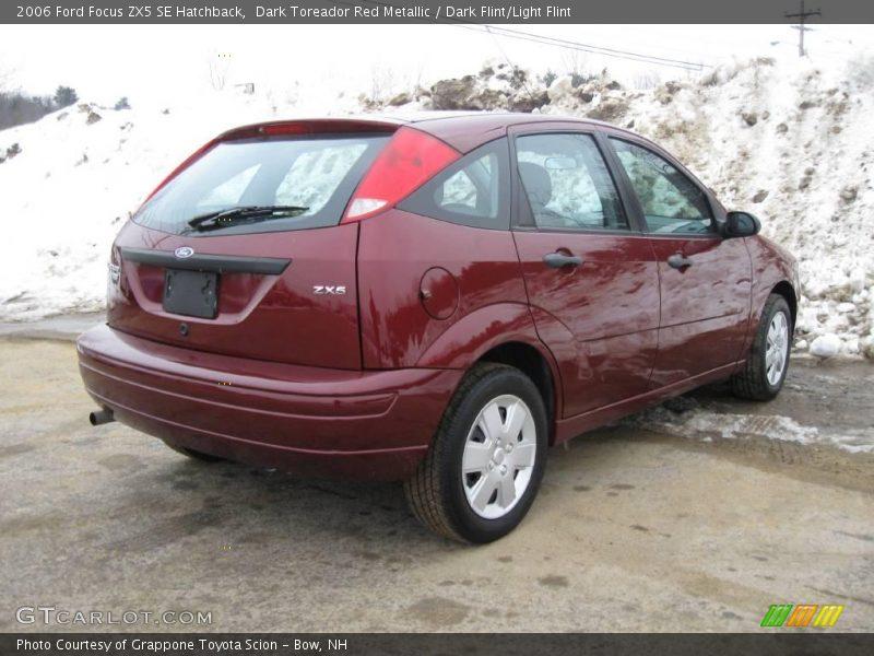 2006 ford focus zx5 se hatchback in dark toreador red. Black Bedroom Furniture Sets. Home Design Ideas