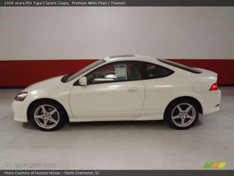 2006 White Rsx Type s 2006 Rsx Type s Sports Coupe