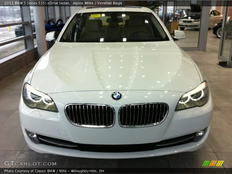 2011 bmw 5 series 535i xdrive sedan in alpine white photo. Black Bedroom Furniture Sets. Home Design Ideas