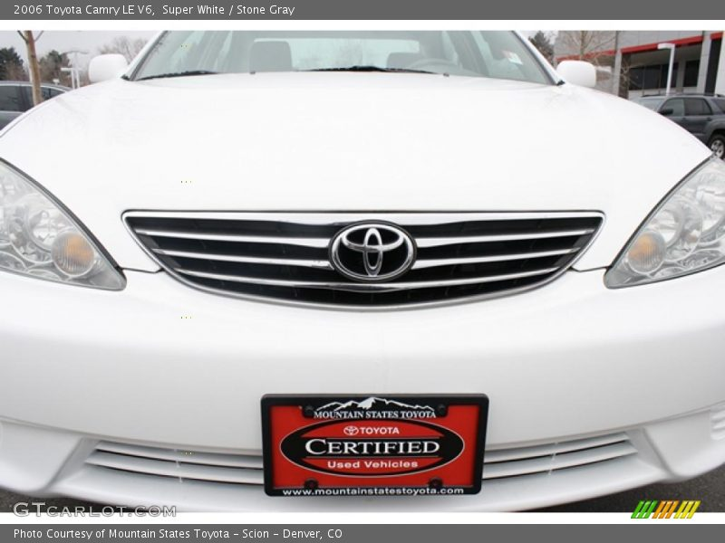 2006 toyota camry le v6 in super white photo no 46001096. Black Bedroom Furniture Sets. Home Design Ideas