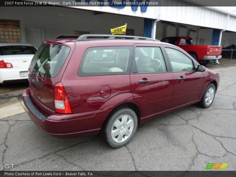 2007 ford focus zxw se wagon in dark toreador red metallic. Black Bedroom Furniture Sets. Home Design Ideas