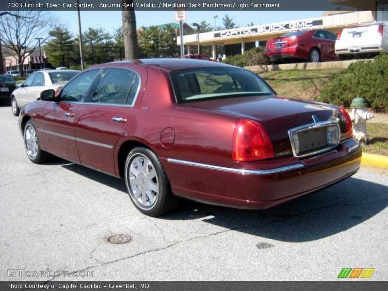 2003 lincoln town car cartier in autumn red metallic photo no 46976301. Black Bedroom Furniture Sets. Home Design Ideas