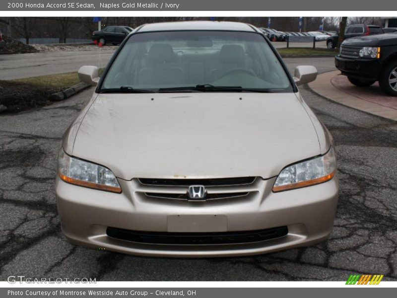 Naples Gold Metallic / Ivory 2000 Honda Accord SE Sedan