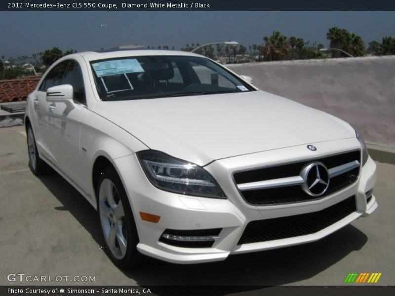 Front 3/4 View of 2012 CLS 550 Coupe