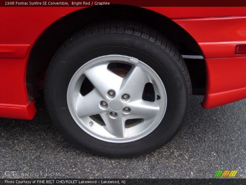 1998 Sunfire SE Convertible Wheel