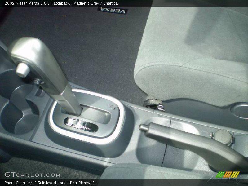 2009 nissan versa 1 8 s hatchback in magnetic gray photo no 537390. Black Bedroom Furniture Sets. Home Design Ideas