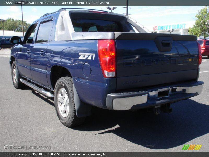 2006 Chevrolet Avalanche Z71 4x4 in Dark Blue Metallic