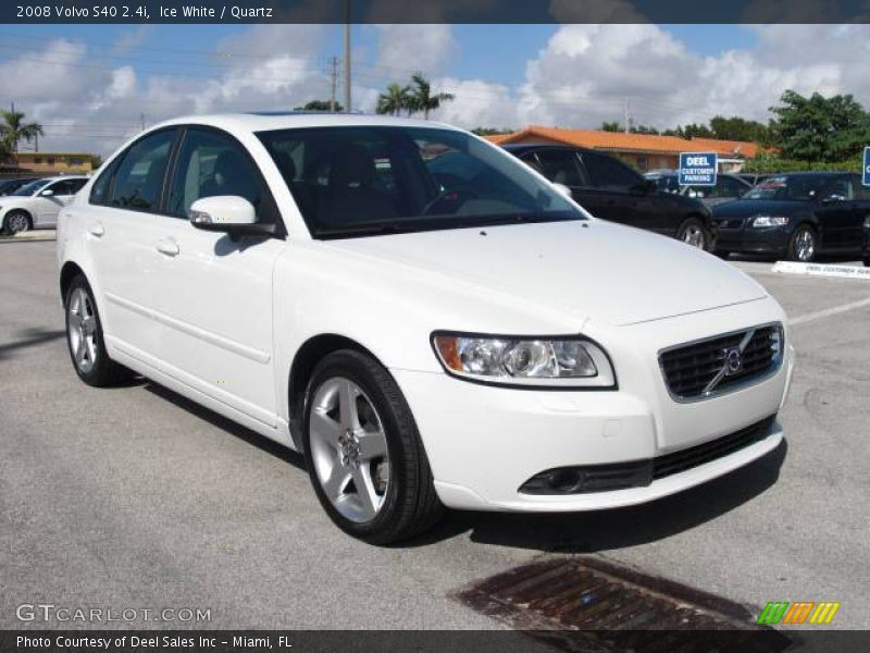 2008 volvo s40 in ice white photo no 546067. Black Bedroom Furniture Sets. Home Design Ideas