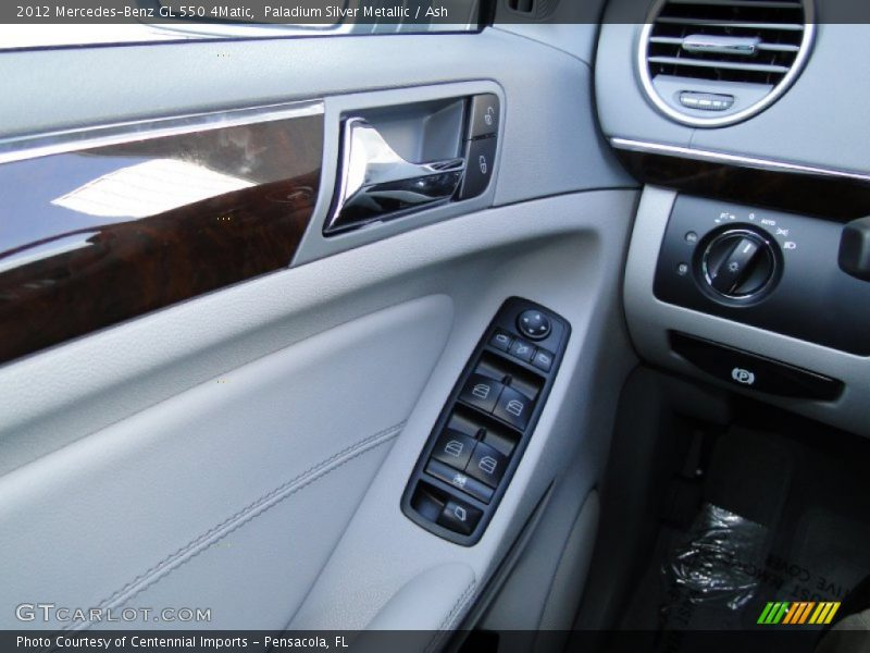 Controls of 2012 GL 550 4Matic