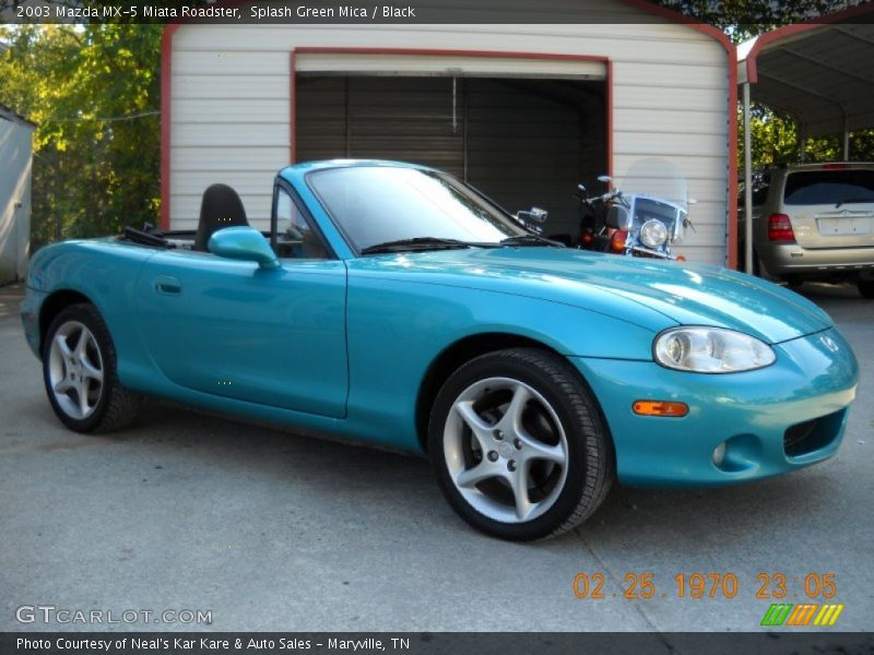 Front 3/4 View of 2003 MX-5 Miata Roadster