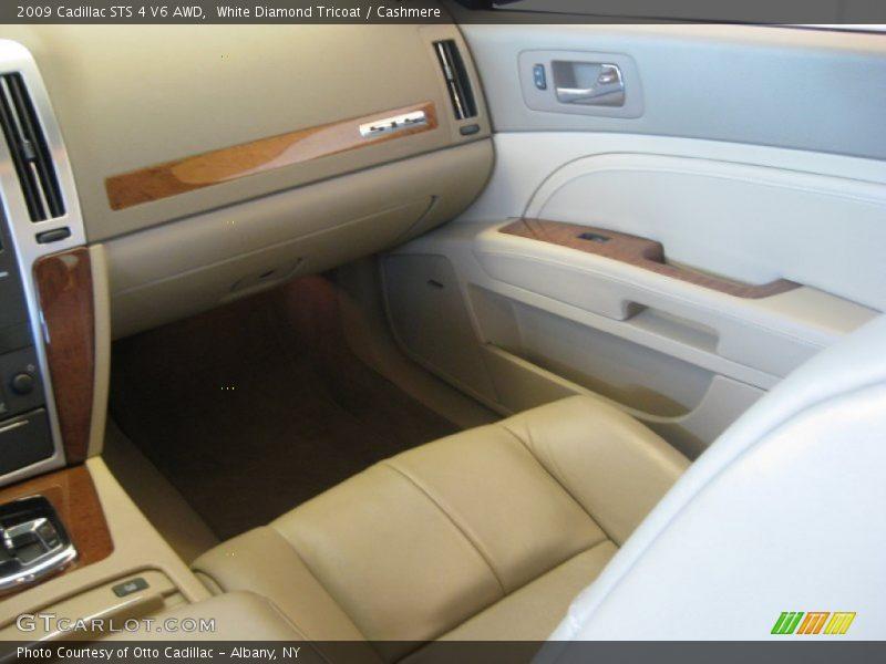 White Diamond Tricoat / Cashmere 2009 Cadillac STS 4 V6 AWD