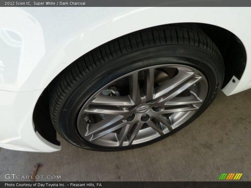 Super White / Dark Charcoal 2012 Scion tC
