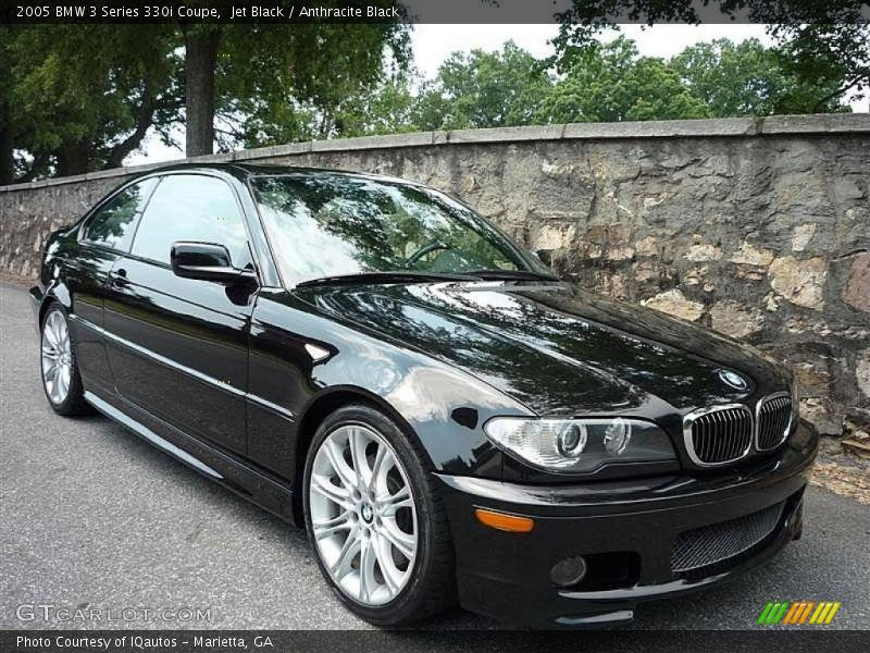 Front 3/4 View of 2005 3 Series 330i Coupe