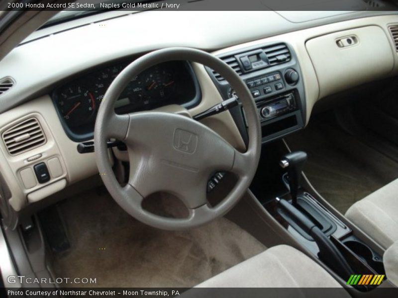Dashboard of 2000 Accord SE Sedan