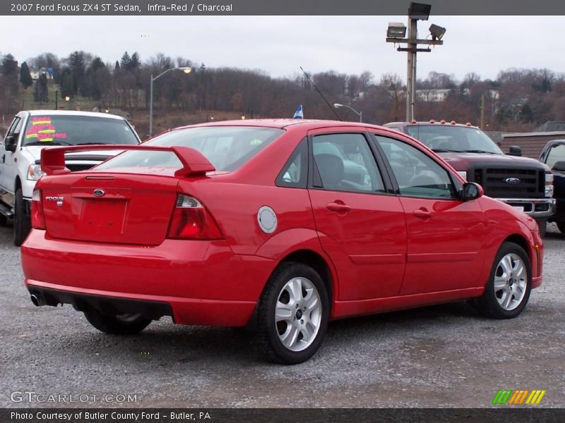 2007 ford focus zx4 st sedan in infra red photo no. Black Bedroom Furniture Sets. Home Design Ideas