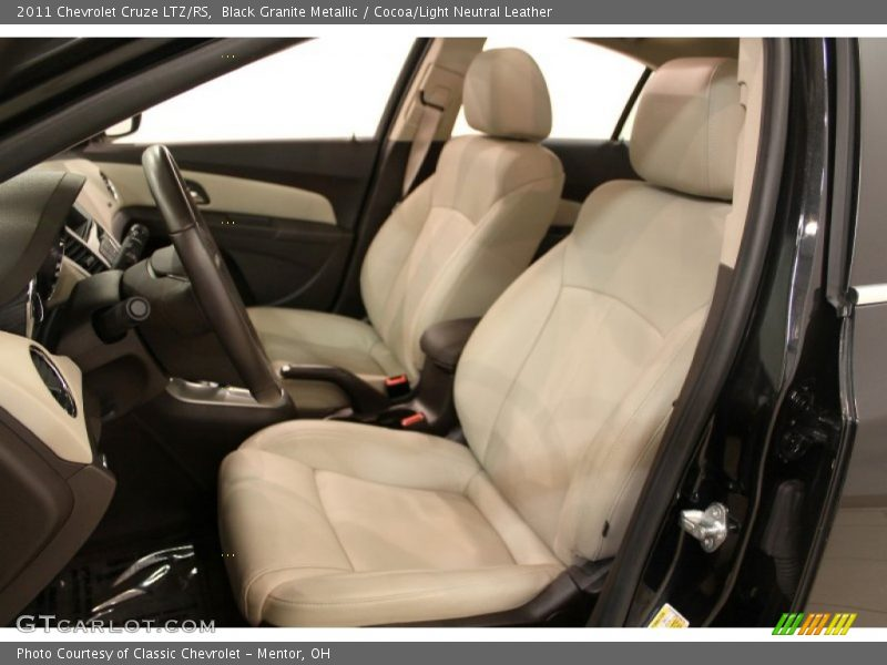 2011 Cruze LTZ/RS Cocoa/Light Neutral Leather Interior