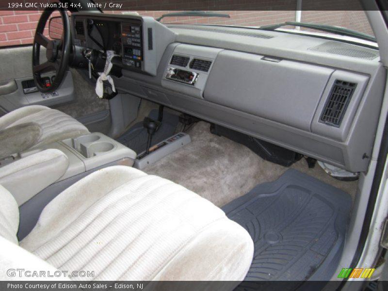Dashboard of 1994 Yukon SLE 4x4