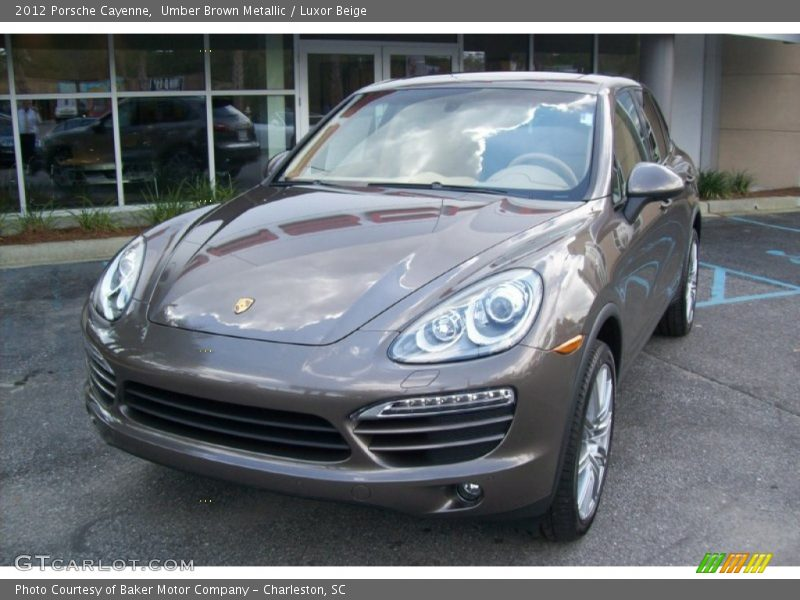 Front 3/4 View of 2012 Cayenne