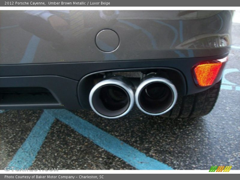 Exhaust of 2012 Cayenne