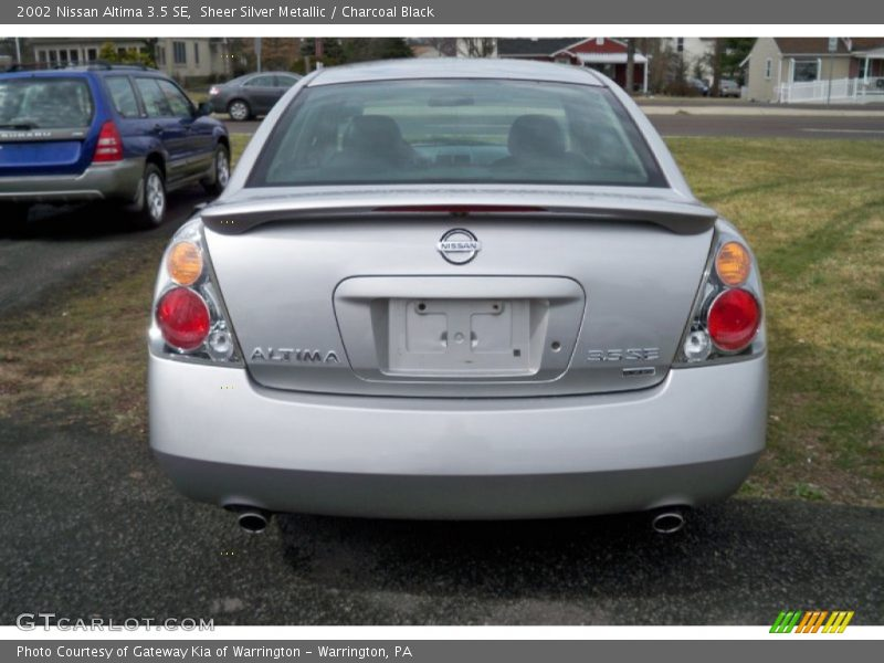 2002 nissan altima 3 5 se in sheer silver metallic photo. Black Bedroom Furniture Sets. Home Design Ideas