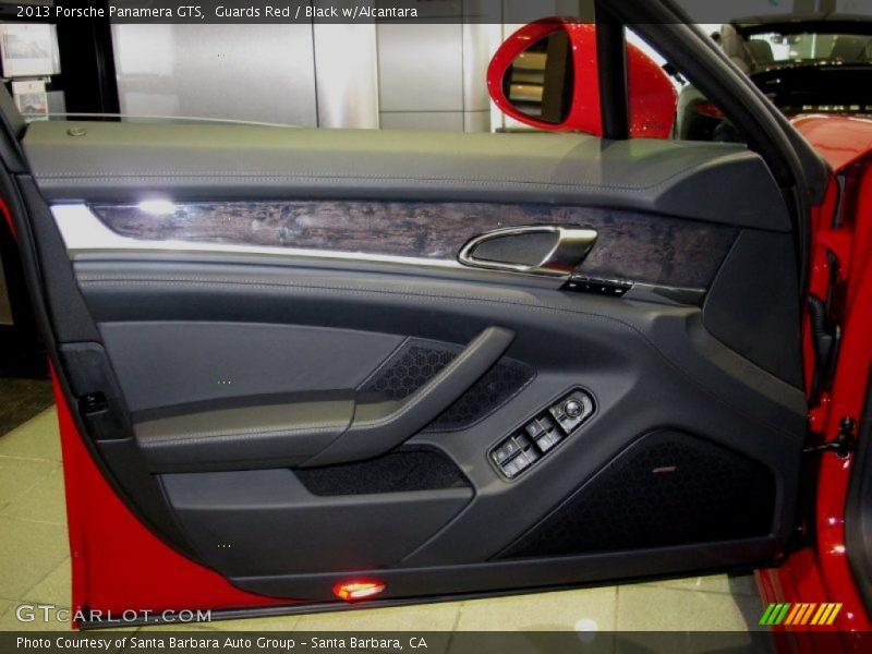 Door Panel of 2013 Panamera GTS