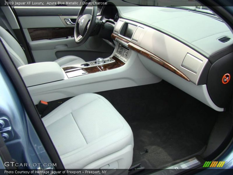 2009 XF Luxury Dove/Charcoal Interior