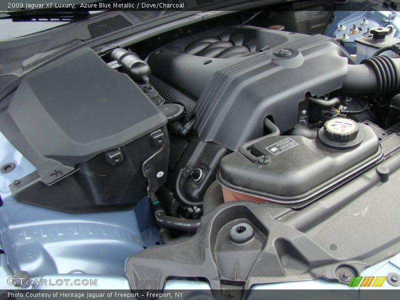 2009 XF Luxury Engine - 4.2 Liter DOHC 32-Valve VVT V8