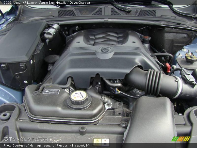 2009 XF Luxury Engine - 4.2 Liter DOHC 32-Valve VVT V8