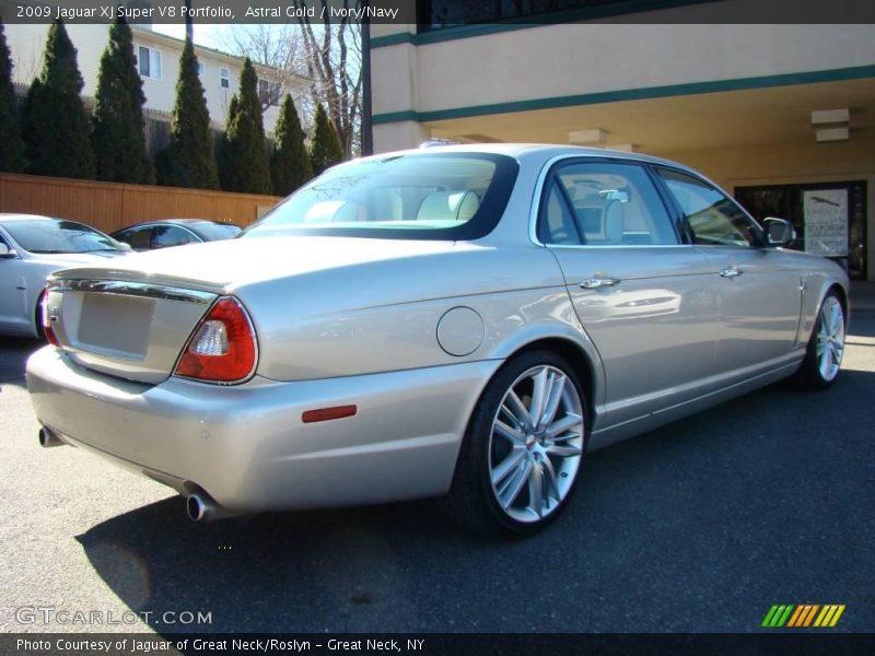 2009 jaguar xj super v8 portfolio in astral gold photo no 6769059