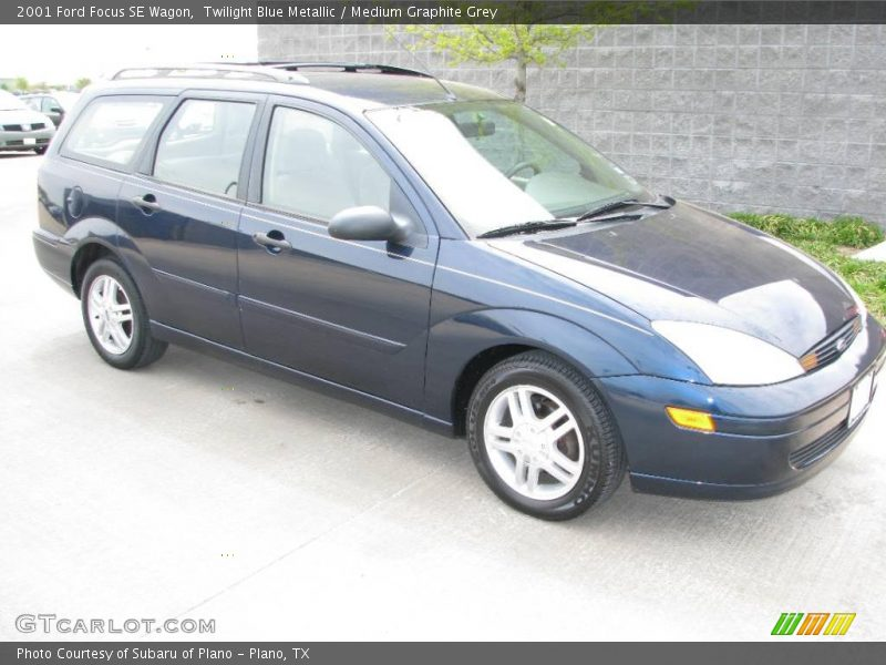 2001 ford focus se wagon in twilight blue metallic photo no 7180989. Black Bedroom Furniture Sets. Home Design Ideas