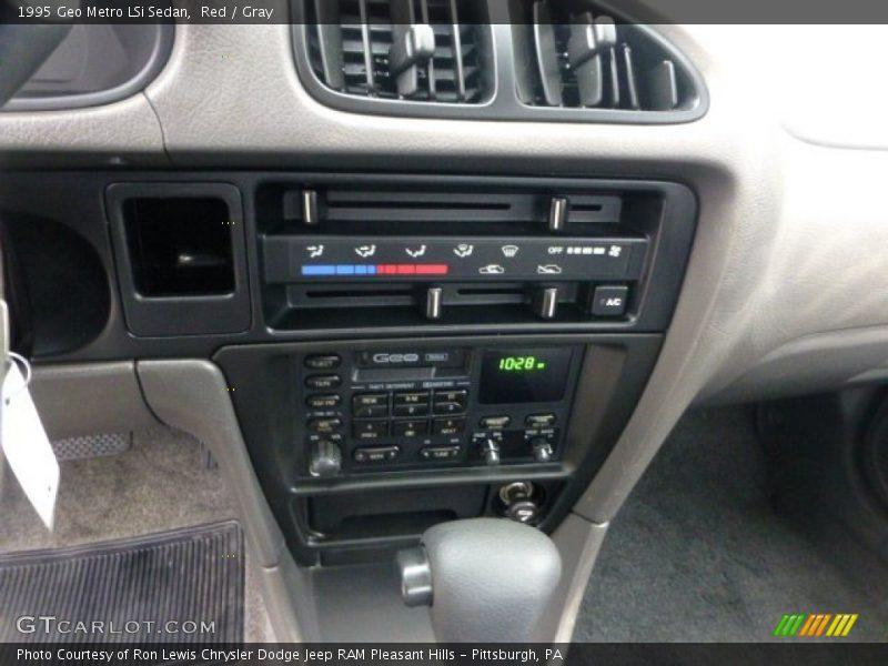 Controls of 1995 Metro LSi Sedan
