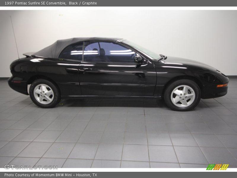 Black / Graphite 1997 Pontiac Sunfire SE Convertible