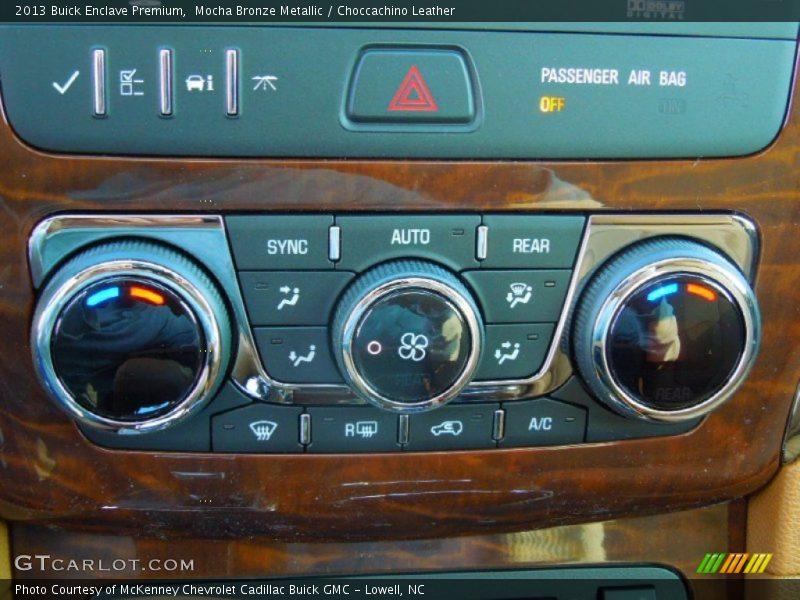 Controls of 2013 Enclave Premium