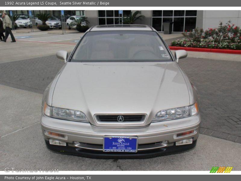 Seattle Silver Metallic / Beige 1992 Acura Legend LS Coupe