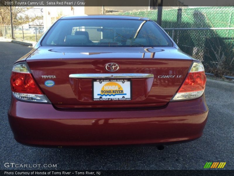 Salsa Red Pearl / Gray 2005 Toyota Camry LE