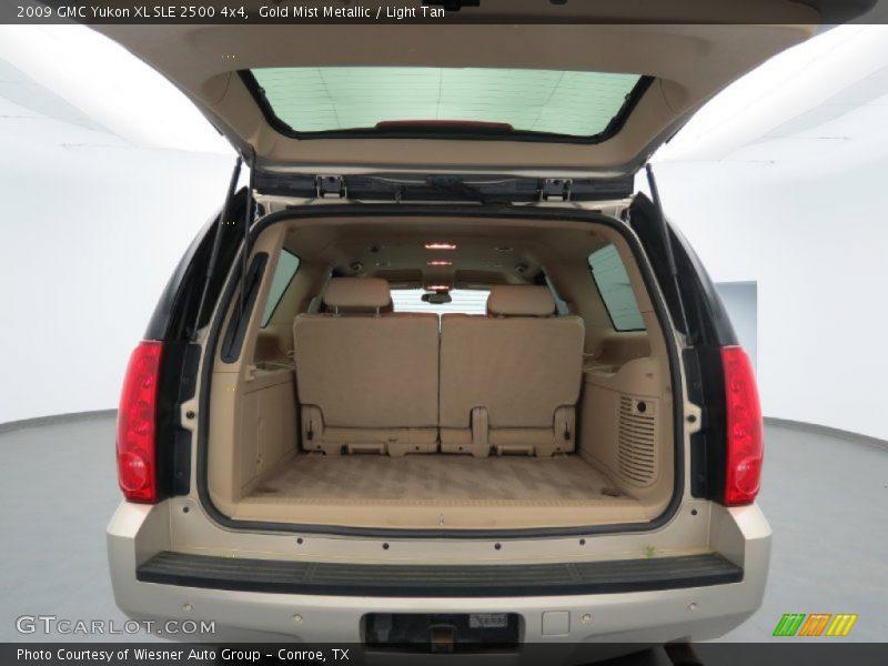 2009 Yukon XL SLE 2500 4x4 Trunk