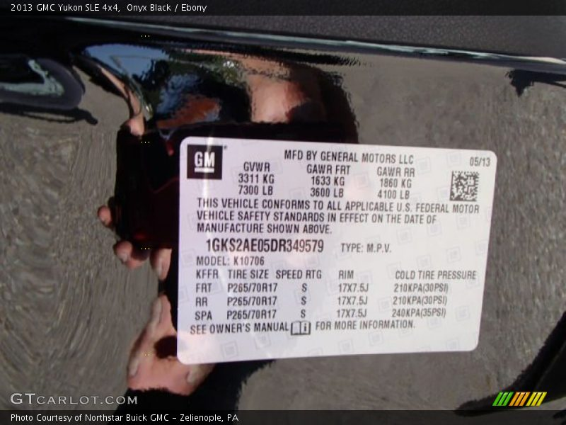 Info Tag of 2013 Yukon SLE 4x4