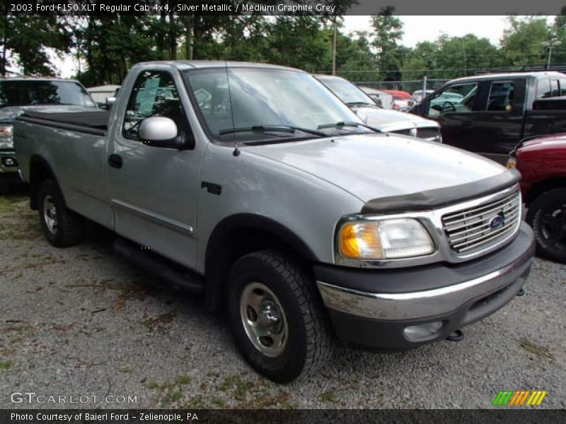 Silver Metallic / Medium Graphite Grey 2003 Ford F150 XLT Regular Cab 4x4
