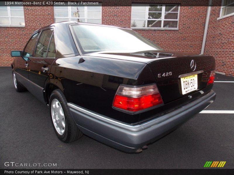Black / Parchment 1994 Mercedes-Benz E 420 Sedan