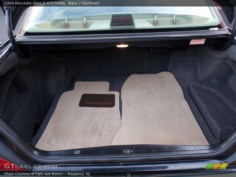 1994 E 420 Sedan Trunk
