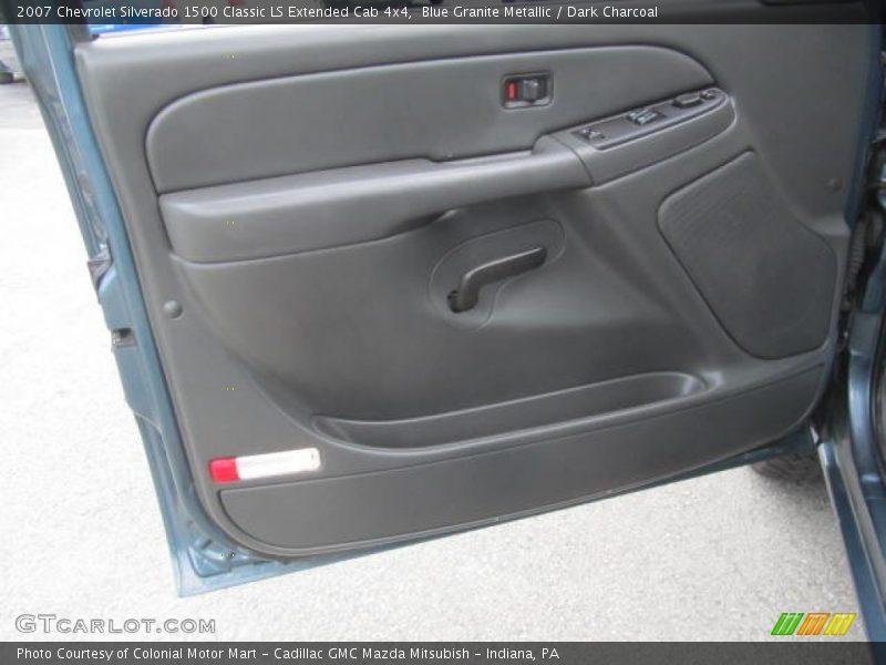 Blue Granite Metallic / Dark Charcoal 2007 Chevrolet Silverado 1500 Classic LS Extended Cab 4x4