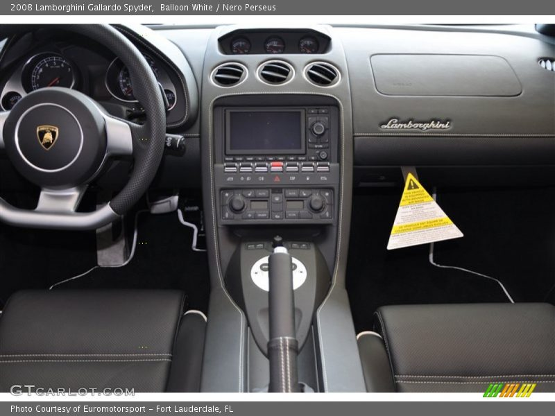 Controls of 2008 Gallardo Spyder