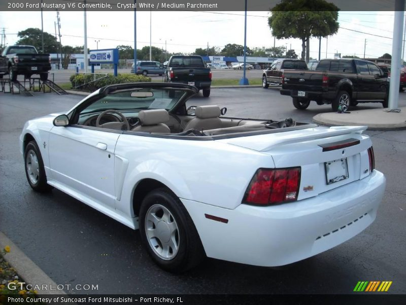 2000 ford mustang v6 convertible in crystal white photo no. Black Bedroom Furniture Sets. Home Design Ideas