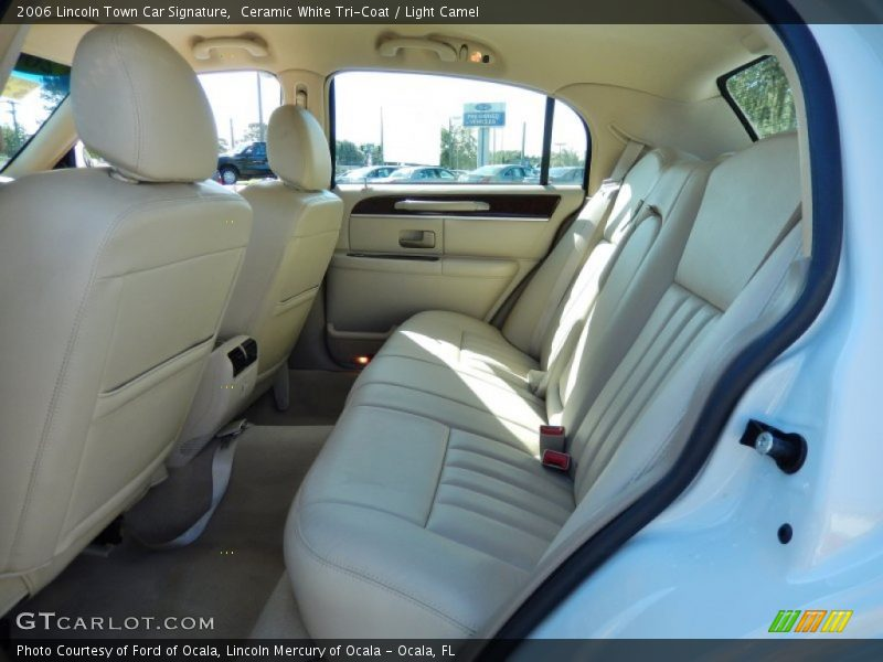 Rear Seat of 2006 Town Car Signature