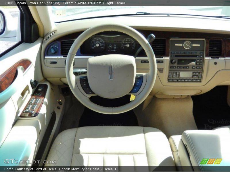 2006 Town Car Signature Steering Wheel